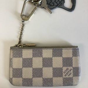 White Louis Vuitton Key and Card Holder